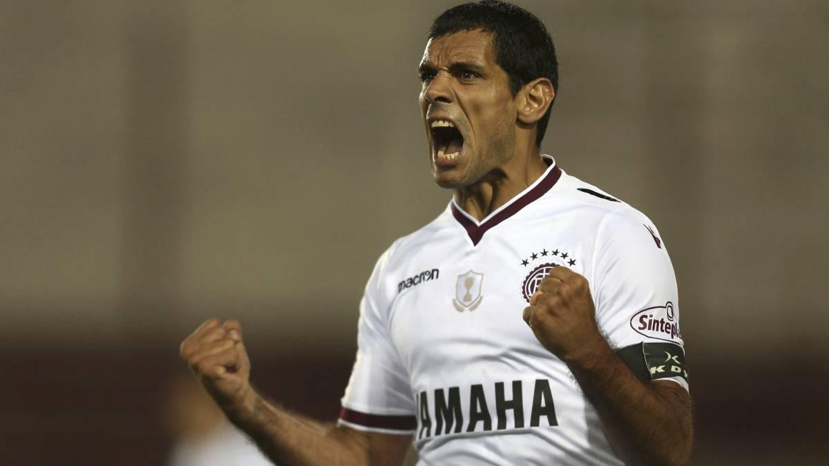 Libertadores: Lanús a octavosy Chapecoense fuera