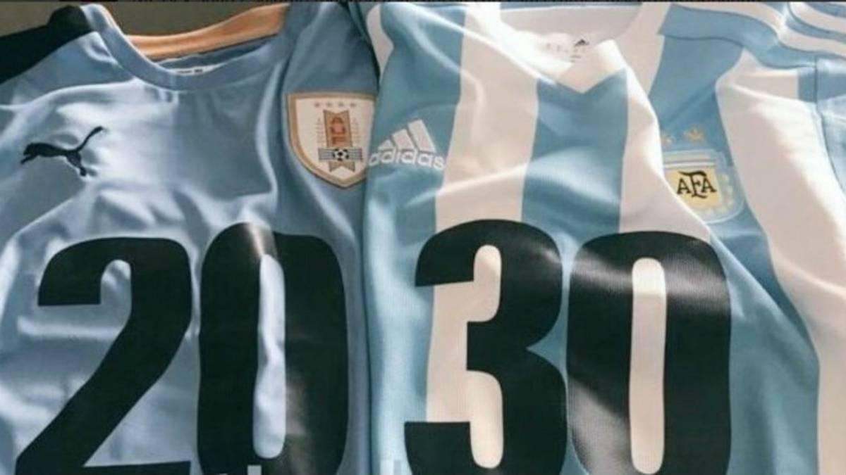 Uruguay y Argentina empatan 0-0 en aburrido juego