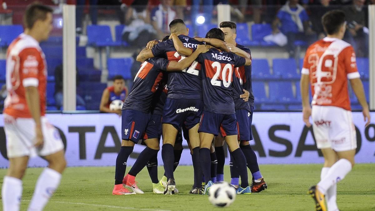 Tigre venció a Argentinos y refuerza su sueño de seguir en primera