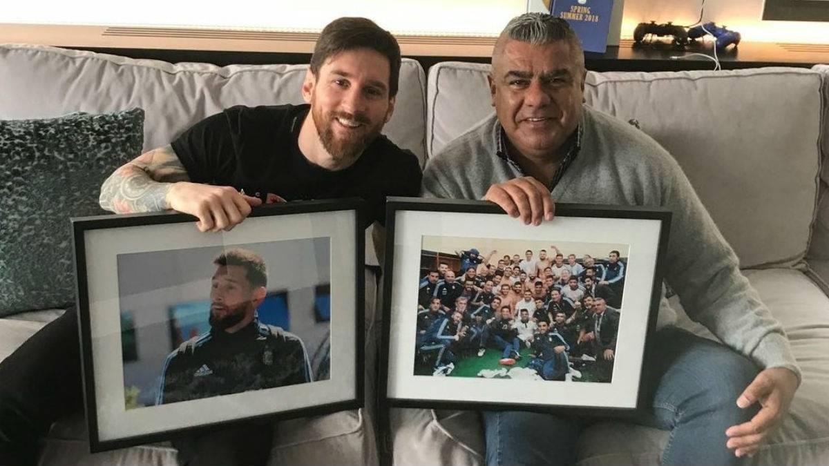 Lionel Messi recibió a Chiqui Tapia en su casa de Barcelona