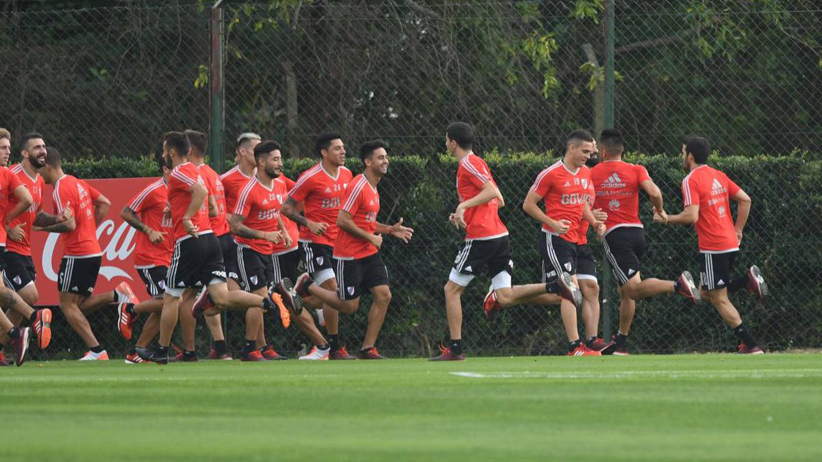 River enfrenta a Rosario Central y quiere seguir escalando en la Superliga