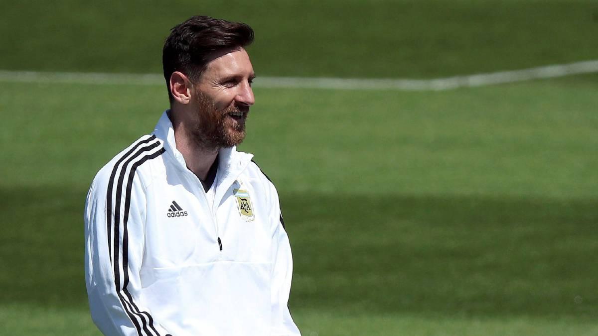 Maradona quiere que Sampaoli no vuelva a Argentina