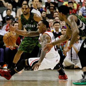 Los Hawks mantienen su racha triunfal