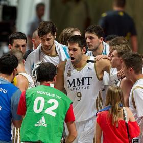 El Madrid le da al Barça una paliza de otra época