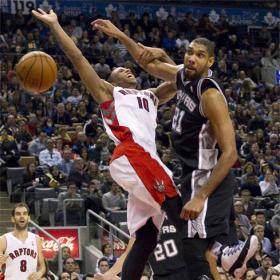 Los Spurs recuperan liderato con la clase de Parker y Duncan