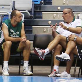 Carlos Jiménez será técnico ayudante en el Unicaja