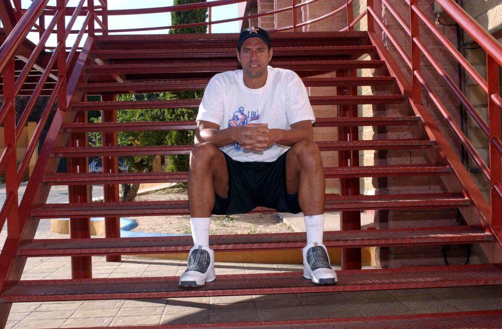 El exbaloncestista ''Piculín'' Ortiz viola la libertad condicional