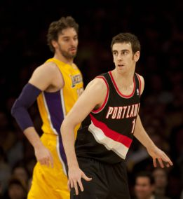 Paseo de los Lakers ante unos Trail Blazers devaluados