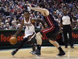 Brandon Jennings y los Bucks frustran el regreso de Wade