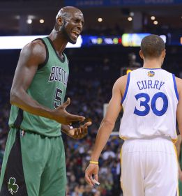 Curry y los Warriors superan a los devaluados Celtics