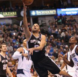 Parker lideró otro paseo de los Spurs ante los Mavericks