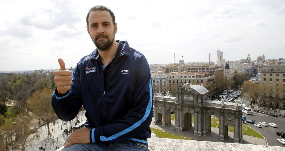 El MVP Gabriel recibe al renacido Caja Laboral