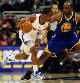 Paul ganó duelo a Curry y los Clippers arrollan a los Warriors