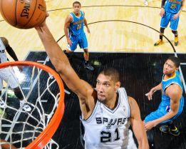 Tim Duncan todavía reina en la NBA de los dinosaurios
