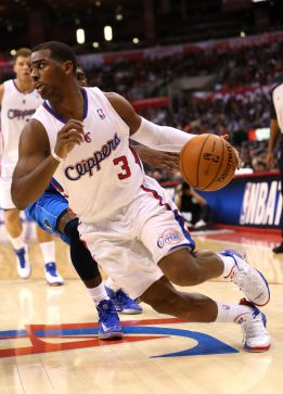 Paul hace un doble-doble y los Clippers superan a los Mavericks