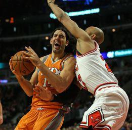 Scola lidera a los Suns