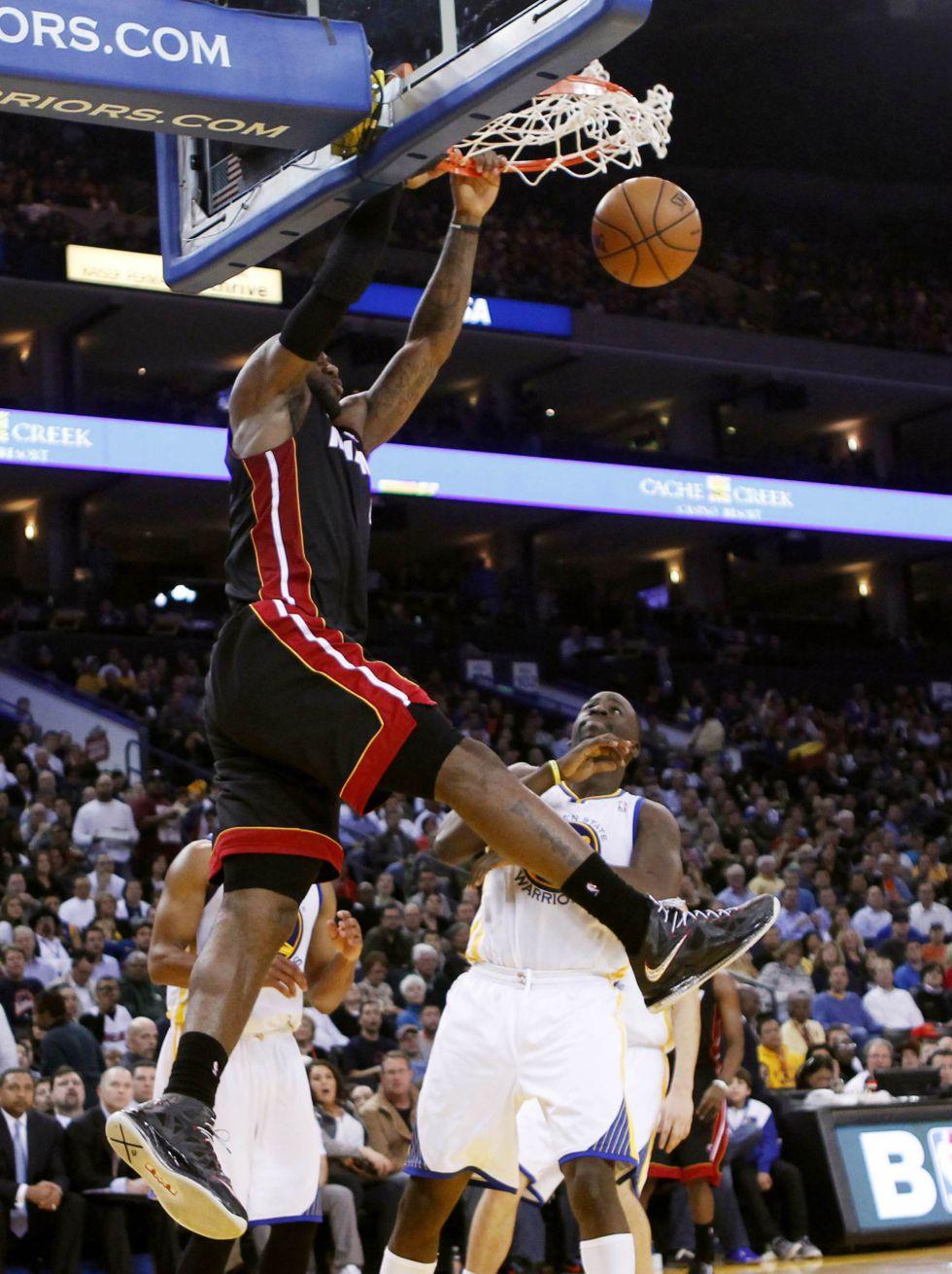 James logró nueva marca y lo celebró con triunfo de los Heat