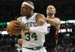 Los Celtics rompen su mala racha gracias a Garnett y Pierce