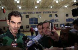 Knight lidera la victoria de los Pistons, todavía sin Calderón