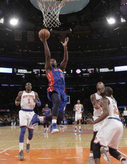 Debut de Calderón con derrota de los Pistons ante los Knicks