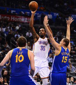 Kevin Durant se mantuvo como líder de los Thunder