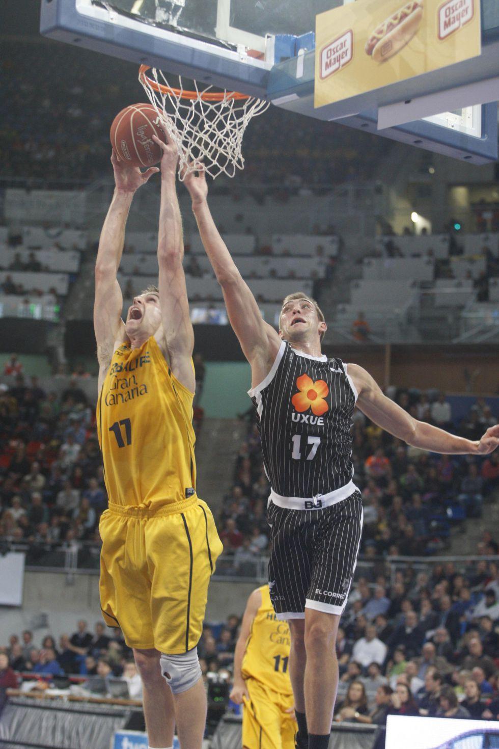 Rey salda la cuenta del Gran Canaria y funde al Bilbao