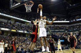 Rudy Gay y DeMar DeRozan sorprenden a los Pacers