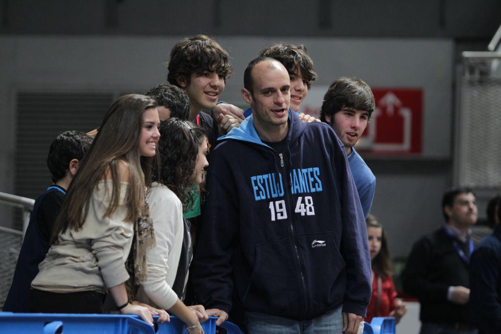 Homenaje a Carlos Jiménez en el Estudiantes-Unicaja