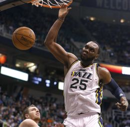 Al Jefferson y los Jazz siguen hundiendo a los Warriors