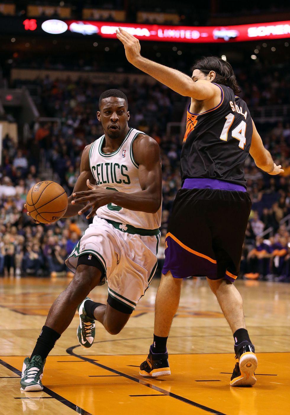 Green juega como titular y dirige la victoria de los Celtics