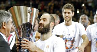 Spanoulis hace historia con su tercer MVP e iguala a Kukoc
