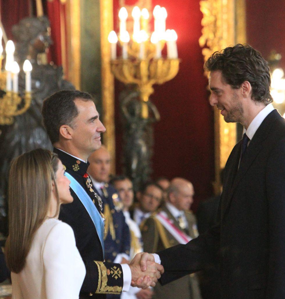 ¿Cuánto mide el Rey Felipe VI? - Real height 1403192036_689585_1403192174_noticia_grande