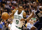 El agente de Rondo niega que se quiera ir de los Celtics
