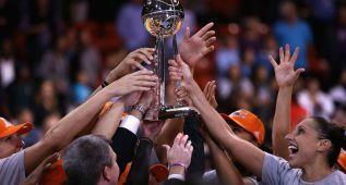 Diana Taurasi reina en la WNBA