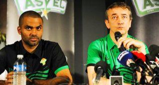 Tony Parker echa al entrenador del ASVEL, Pierre Vincent