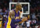 Kobe y Johnson toman Houston para los renacidos Lakers