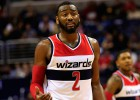 Wall abusa de los Wolves y los Wizards acechan el liderato
