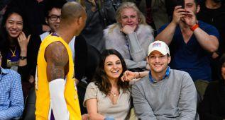 Mila Kunis y Ashton Kutcher, la pareja de moda que desata pasiones en el Staples