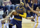 LeBron James (42) domina a los Warriors y asusta a la NBA