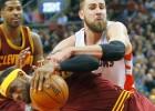 """LeBron se queja de la dureza de sus rivales: """"No es baloncesto"""""""