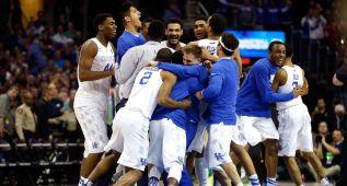 Kentucky (38-0) pasa a la Final Four con el susto en el cuerpo