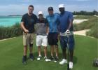 Jordan y Tom Brady juegan al basket y al golf en las Bahamas