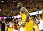 El histórico partido de LeBron: sexto anotador de los Playoffs