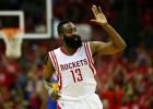 Harden anota 45 puntos y mantiene vivos a los Rockets
