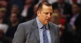 Los Bulls no quieren soltar gratis a su técnico Tom Thibodeau