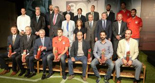 La FEB homenajea el pasado y el presente del baloncesto español
