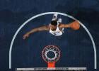 Chalmers hunde a los Pistons con una canasta a 0,8 del final