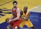 Gasol (21) paga con los Lakers su ausencia en el All Star