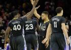 El 'quinteto de la muerte' de los Warriors suma y sigue: 24-0