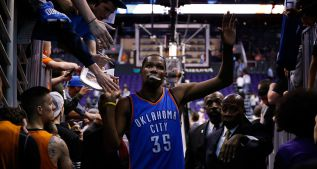 Phoenix aguantó... hasta que Durant (32) dijo basta